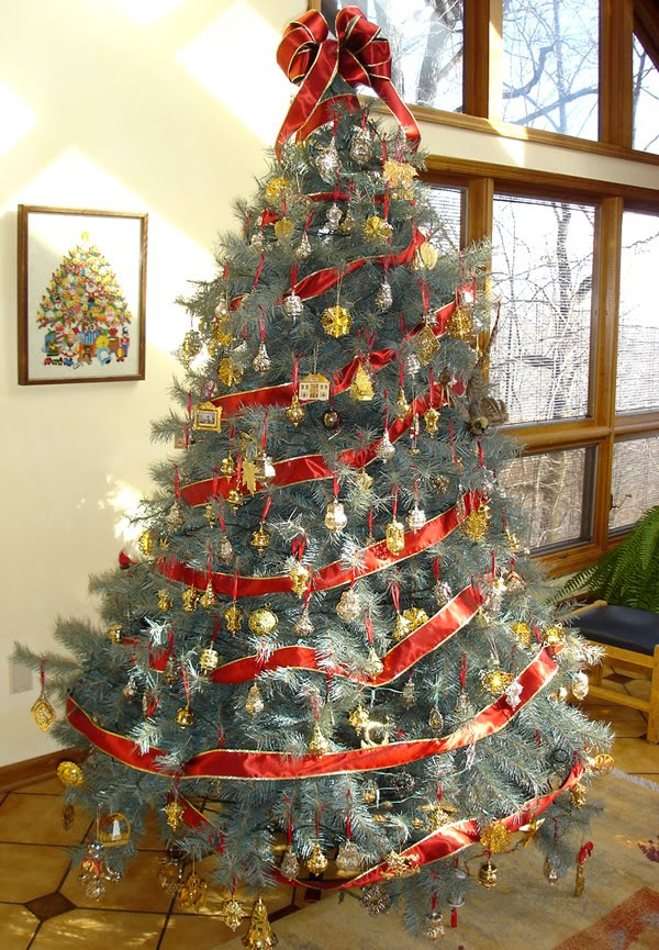 Family Tree of Holidays - Christmas Trees: Hallmark Christmas Trees