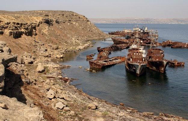 Ships Graveyard On Nargin Island Boyuk Zirya Caspian