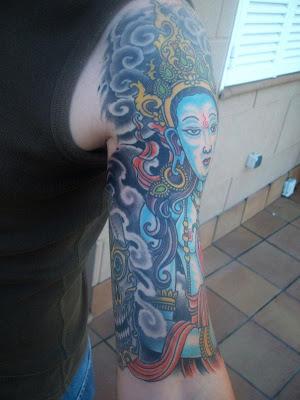 diseno tatuaje budistas. miradas como si usted tenga tatuajes verdaderos; tatuajes manga.