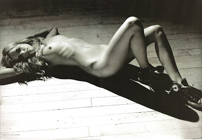 http://4.bp.blogspot.com/_Q000jyuyTRk/Stoit9Ek-rI/AAAAAAAACNA/hFDM1lAZuhQ/s400/23_Julie_Ordon_Playboy_2007_France-006.jpg