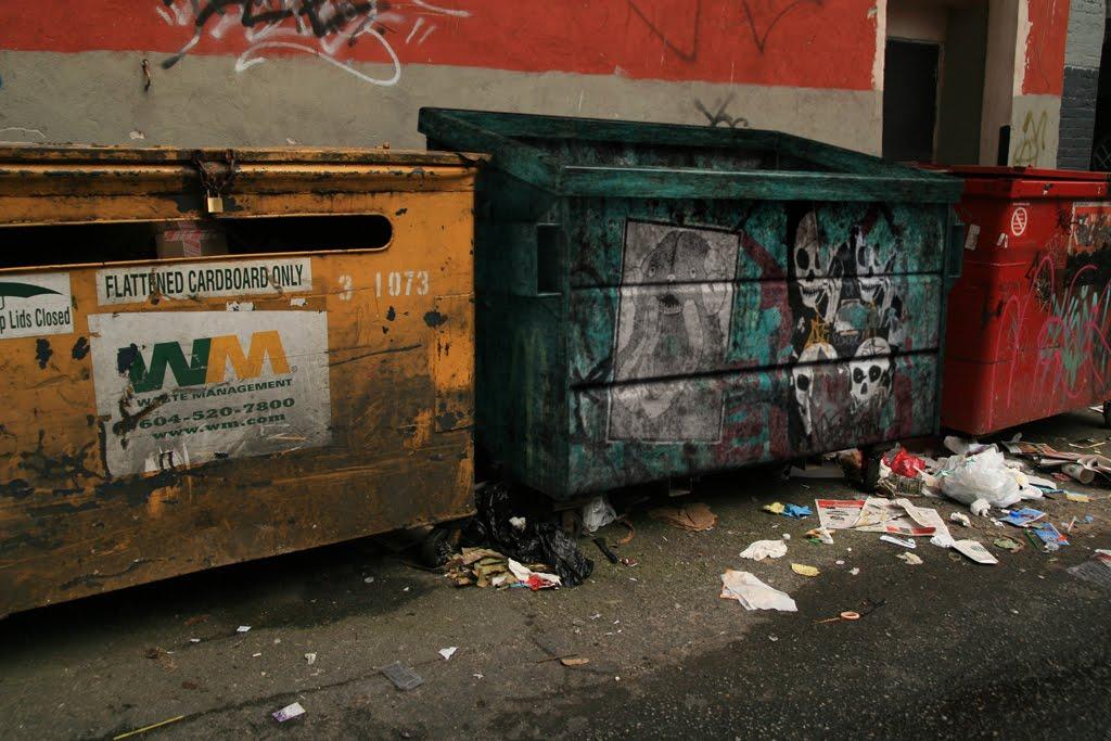 AA-3030: Skullphone Dumpster