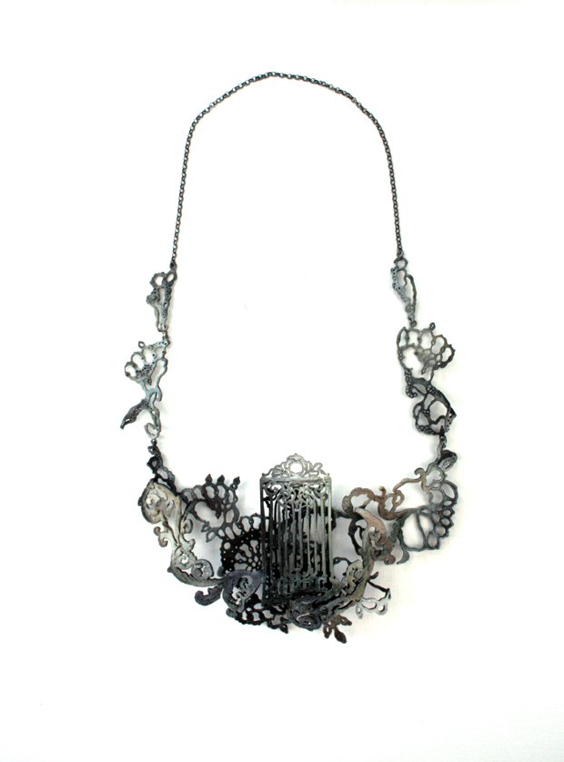 http://4.bp.blogspot.com/_Q2IidTQ6BoY/S9cgiAFS48I/AAAAAAAAAEw/fYcljw-8jak/s1600/Necklace+big2.jpg