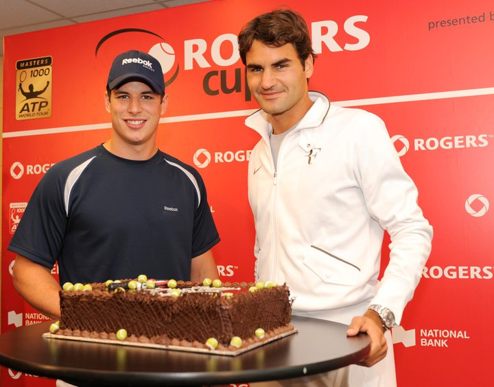 roger federers 29th birthday celebrations at rogers cup