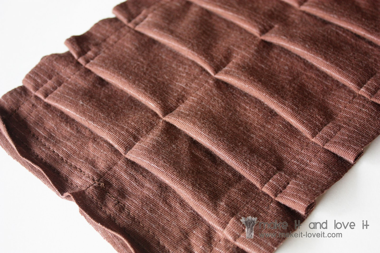 Knitting Edges Uneven : Pleated knit scarf make it and love
