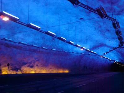 10 Terowongan Unik Di Dunia [ www.BlogApaAja.com ]