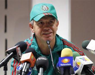 javier aguirre, director tecnico de mexico