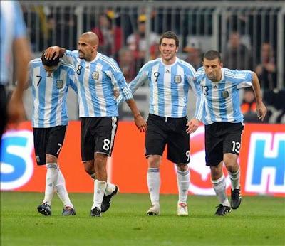 cada jugador argentino ganará más de medio millón de euros si ganan en sudafrica 2010