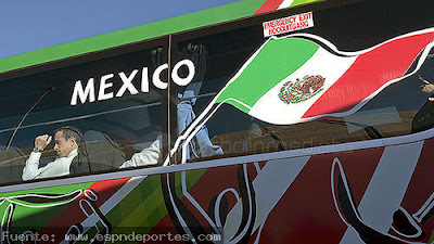 fotos de la llegada de la seleccion de mexico a sudafrica 2010