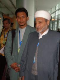 BERSAMA FADHILAH DR WAHBAH ZUHAILI (PENGARANG KITAB TAFSIR AL MUNIR)
