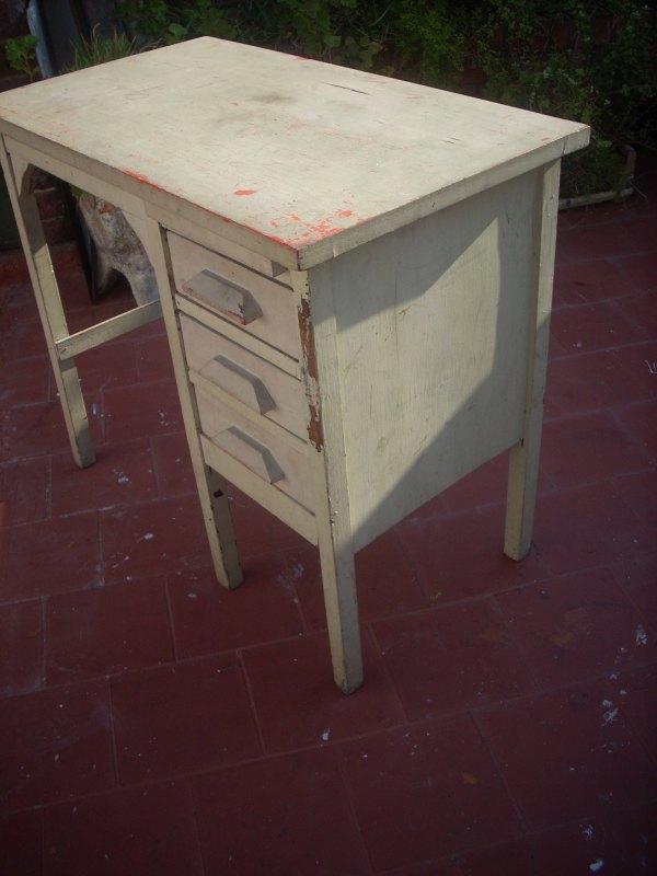 Cositas vintage muebles reciclados escritorio retro con - Muebles vintage reciclados ...