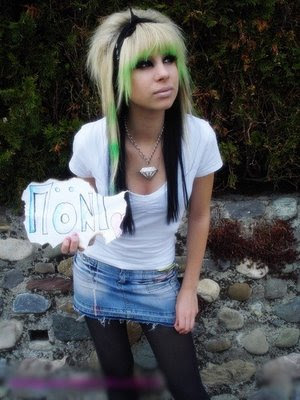 Short Emo Hairstyles For girls. girls