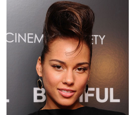 Alicia Keys Braids In Fallin alicia keys at the european music awards ...: galleryhip.com/alicia-keys-braids-in-fallin.html