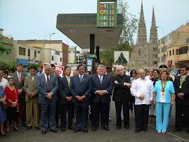 EL EMBAJADOR DE CUBA CON AUTORIDADES DE JESUS MARIA