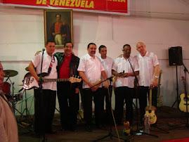 """SR. EMBAJADOR CON INTEGRANTES DE """"SIERRA MAESTRA""""·"""