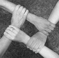 corrente da amizade oferecido por-JULIA,ANDREA,NENA,LISA,LUISA