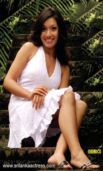 Hot Fashion Actress: Beautiful pictures of Sri Lankan ...