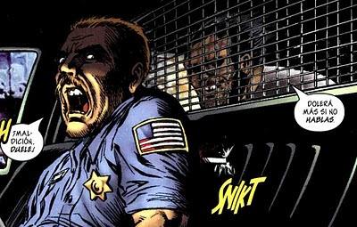 Wolverine presionando a la poli
