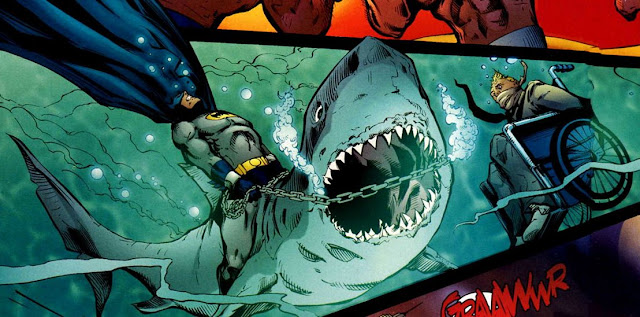 Batman picando espuelas a un tiburón