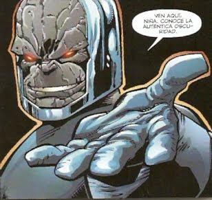 Darkseid tentando