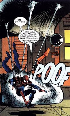 Spiderman usando la telarala de colchón