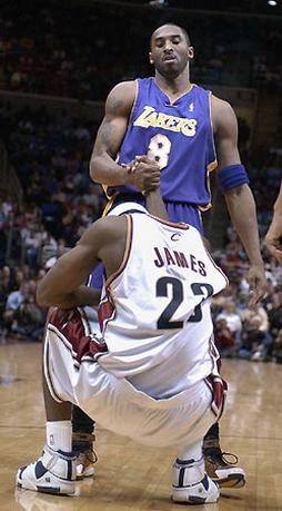 Kobe breaks his foot - Page 2 Kobe_Bryant_and_Lebron_James_in_this_funny_photo