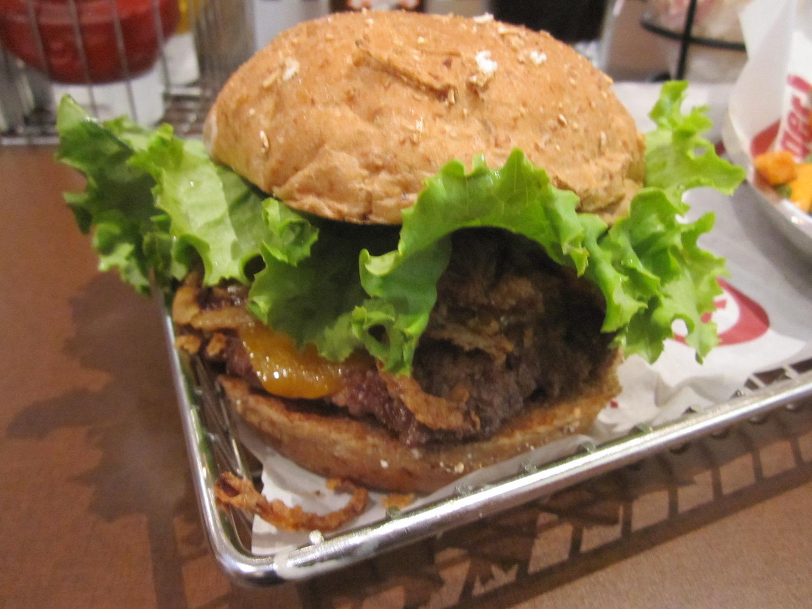 Cara burger wedding