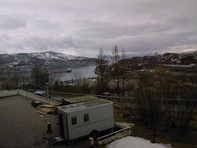 منظره ای که من از کلاس درس زبان نروژیم می بینم. خوشگله نه