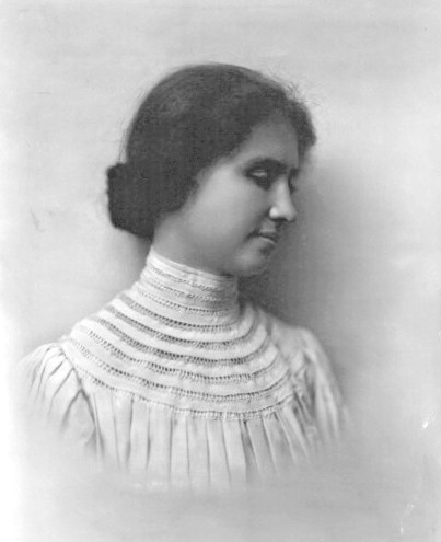 """helen keller was a famous icon 22nd annual helen keller lecture series – """"helen  """"helen unveiled"""" introduced audience members to the woman behind the icon through a  helen keller was."""