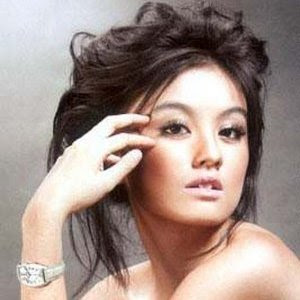 Related Post : Foto Agnes Monica Bugil