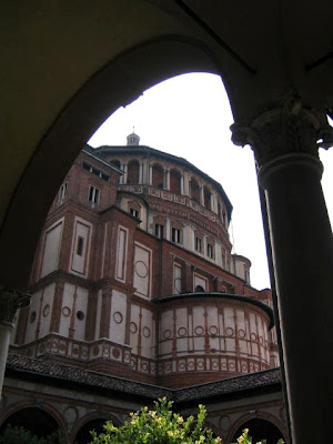 Vista de la torre desde el claustro de Sta María delle Grazie.