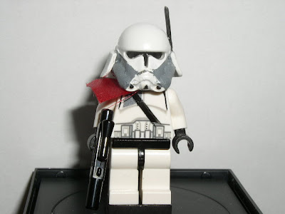 Custom LEGO Star Wars Commander Bacara - front view