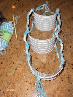 Кашпо для цветов и держатель для туалетной бумаги из пластиковых бутылок