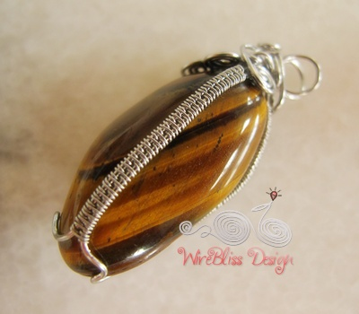 How to wire wrap irregular shape stone wirebliss saturday may 15 2010 aloadofball Images