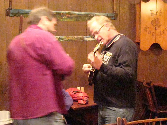 "DAN PLAYS AT THE ROOSTER WITH ""OAT BRAN BOYS"" IN MUSKEGON ON WEDNESDAY NIGHTS WEEKLY COME ENJOY"
