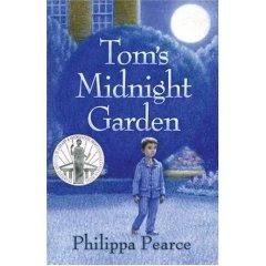http://4.bp.blogspot.com/_QLsfwL8xhOo/SuL_tyPAPGI/AAAAAAAAABU/tI0shwhePQM/s320/toms-midnight-garden.jpg