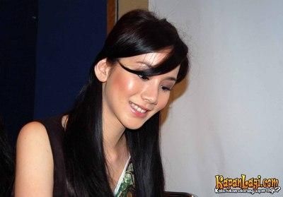http://4.bp.blogspot.com/_QM2-6hVKZbQ/Sj4BOyR4UrI/AAAAAAAACZA/eVgVYGeu3Fw/s1600/jill_gladys2.jpg