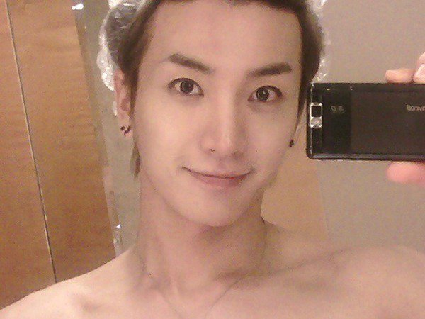 Leeteuk without makeup