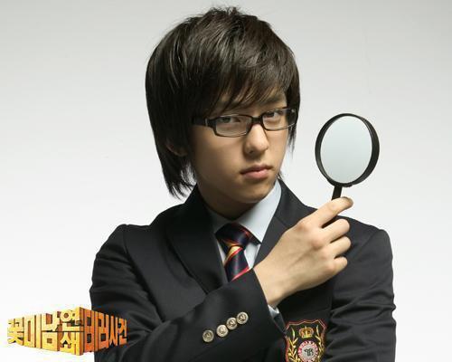 http://4.bp.blogspot.com/_QM2-6hVKZbQ/TDAfYfVrGHI/AAAAAAAALVs/X0eeqsOd-qs/s1600/superjunior_kimkibum10.jpg