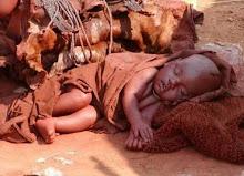 Criança Himba - Sul de Angola Namibe/Namibia