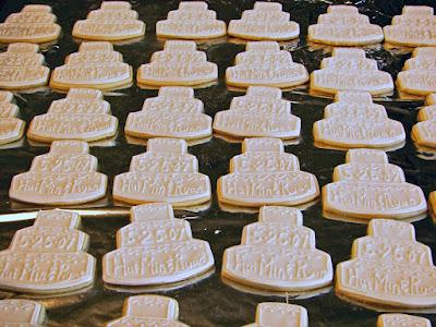 Wedding Cake Bags  Guests on Wedding Cake Cookies  Do It Yourself
