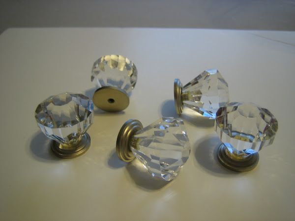 Jewelry Frame Crystal Knobs
