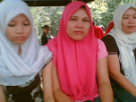 Mom and youngSis