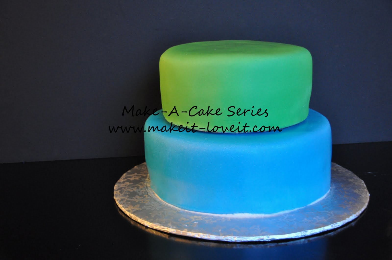 Make A Cake Series Filling And Stacking A Cake Make It