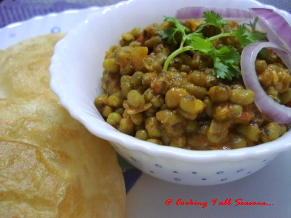 [Moong+Dal+Curry.jpg]