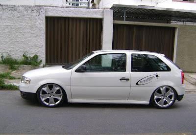 golzinho bola carro carros branco rebaixado rodas calota