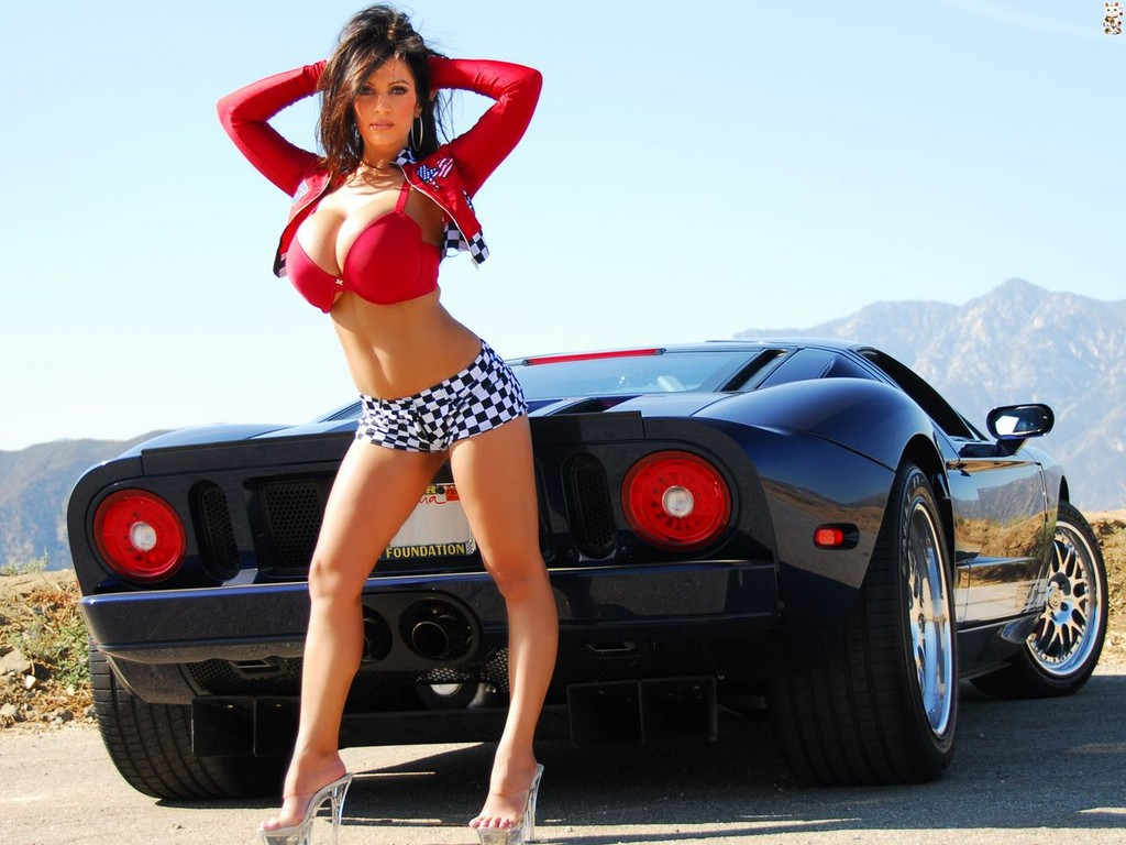 Denise Milani Car