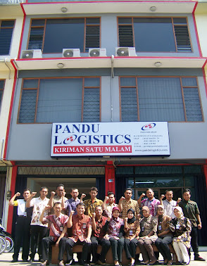 Karyawan PSS Malang