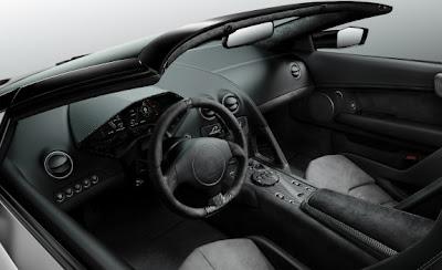 2010 Lamborghini Reventón Roadster Interior