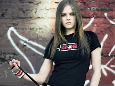 #10 Avril Lavigne Wallpaper
