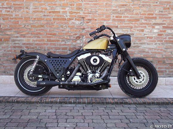 Road King Bobber http://kustomking.blogspot.com/2009/11/king-bagger.html